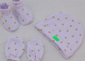ست کلاه، پاپوش و دستکش نوزادی مدل قلب
