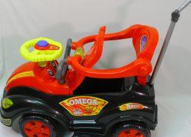 ماشین بازی دسته متحرک با کیف لوازم مدل Omega car