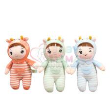 عروسک نوزاد کلاهدار